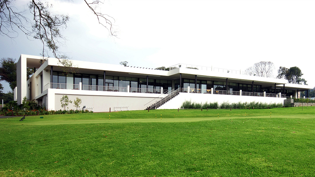houghton golf club clubhouse - classic style
